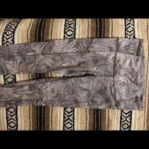 Lululemon Fast & Free ⅞ Tight Pattern Size 4 Nulux